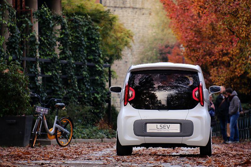 پرینت سه بعدی خودروی الکتریکی